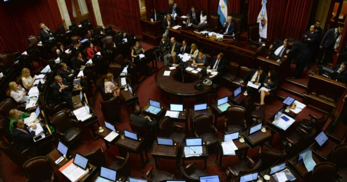 El oficialismo frenó el tratamiento de Ganancias en Senado