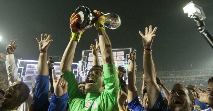 El Patón Guzman se agigantó en los penales y Tigres gritó campeón en México