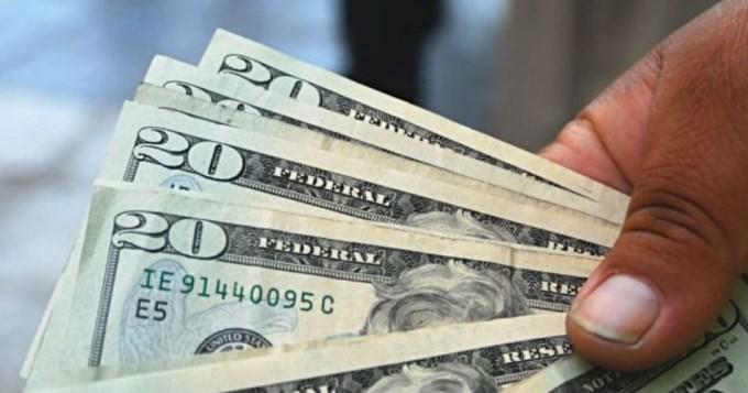 Récord histórico: el dólar oficial trepó hasta los $ 16,10