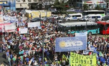 Del Congreso a Plaza de Mayo contra las reformas