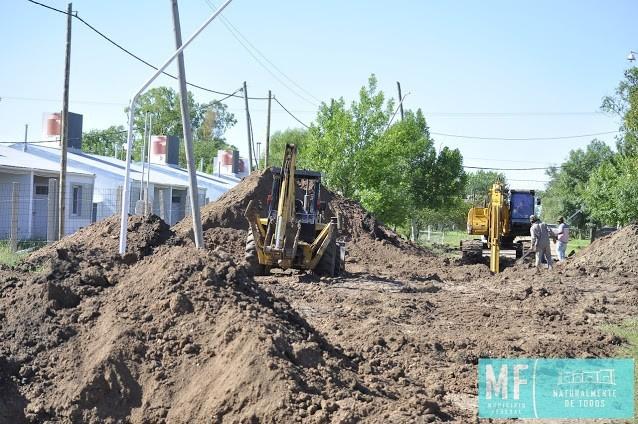 Obras de infraestructura en las 44 viviendas por emergencia hídrica en Barrio 25 de Mayo