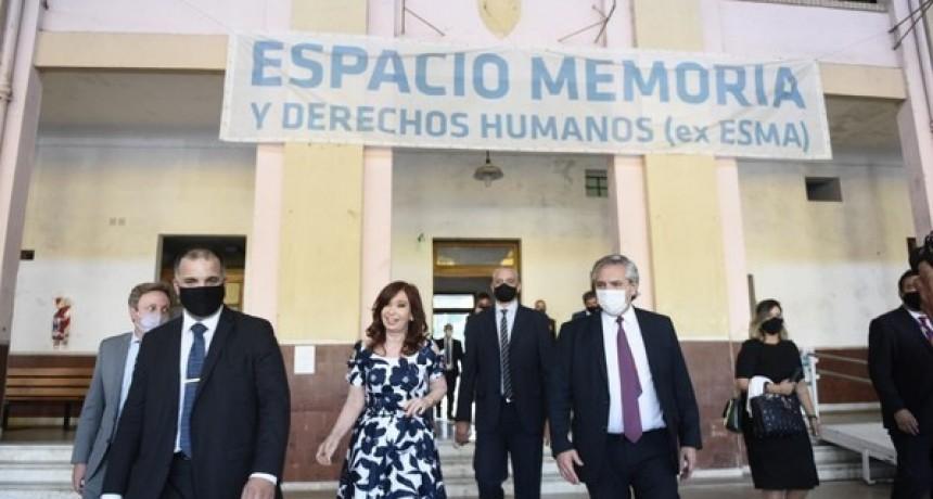 Alberto Fernández y Cristina Fernández de Kirchner encabezaron un acto en la ex-ESMA